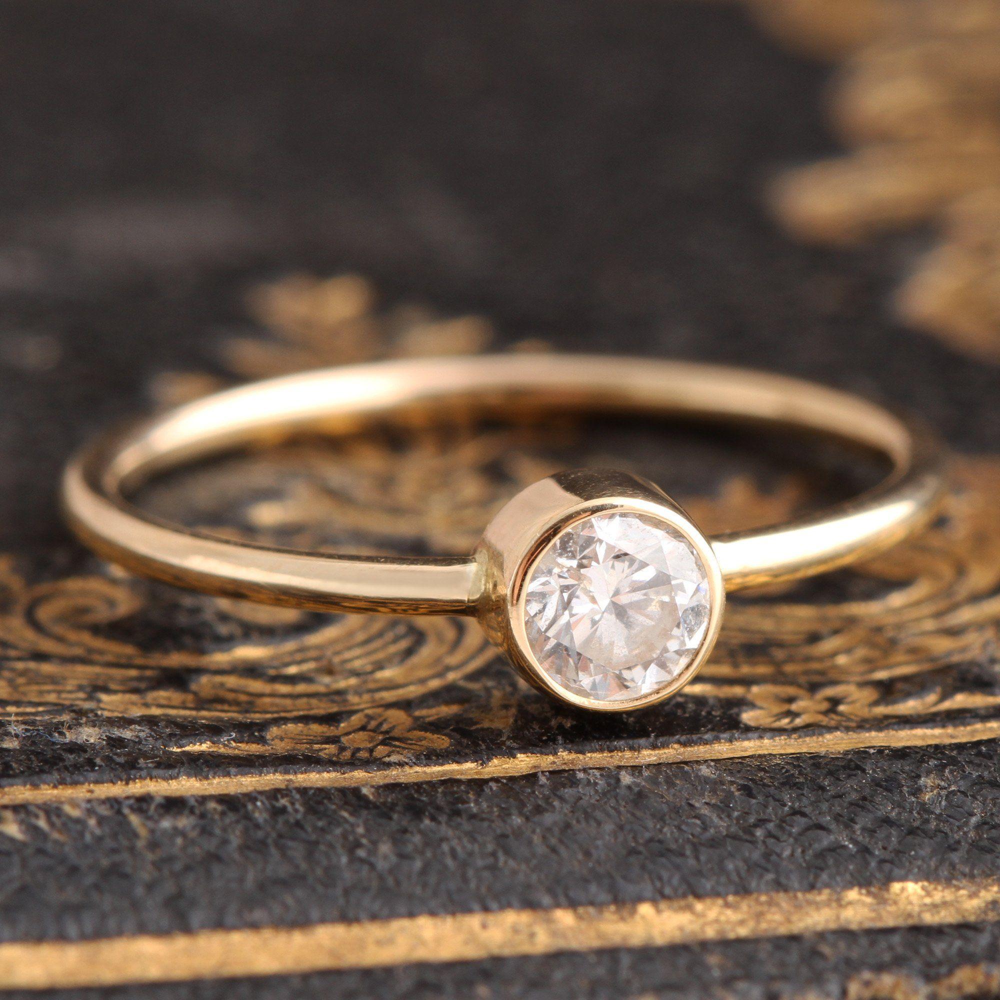 Acantha Diamond Solitaire
