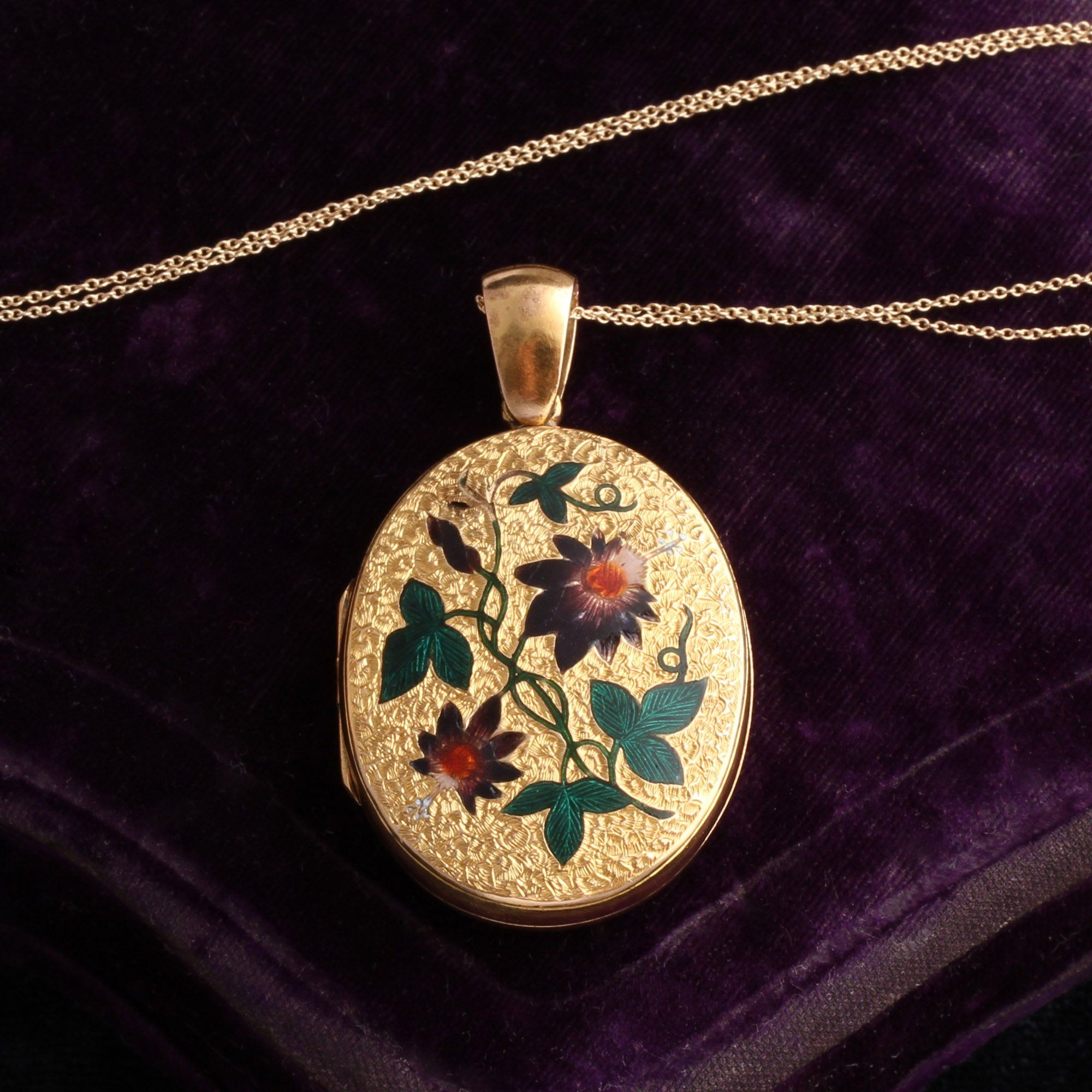 Face detail of Victorian Gold and Enamel Passion Flower Locket