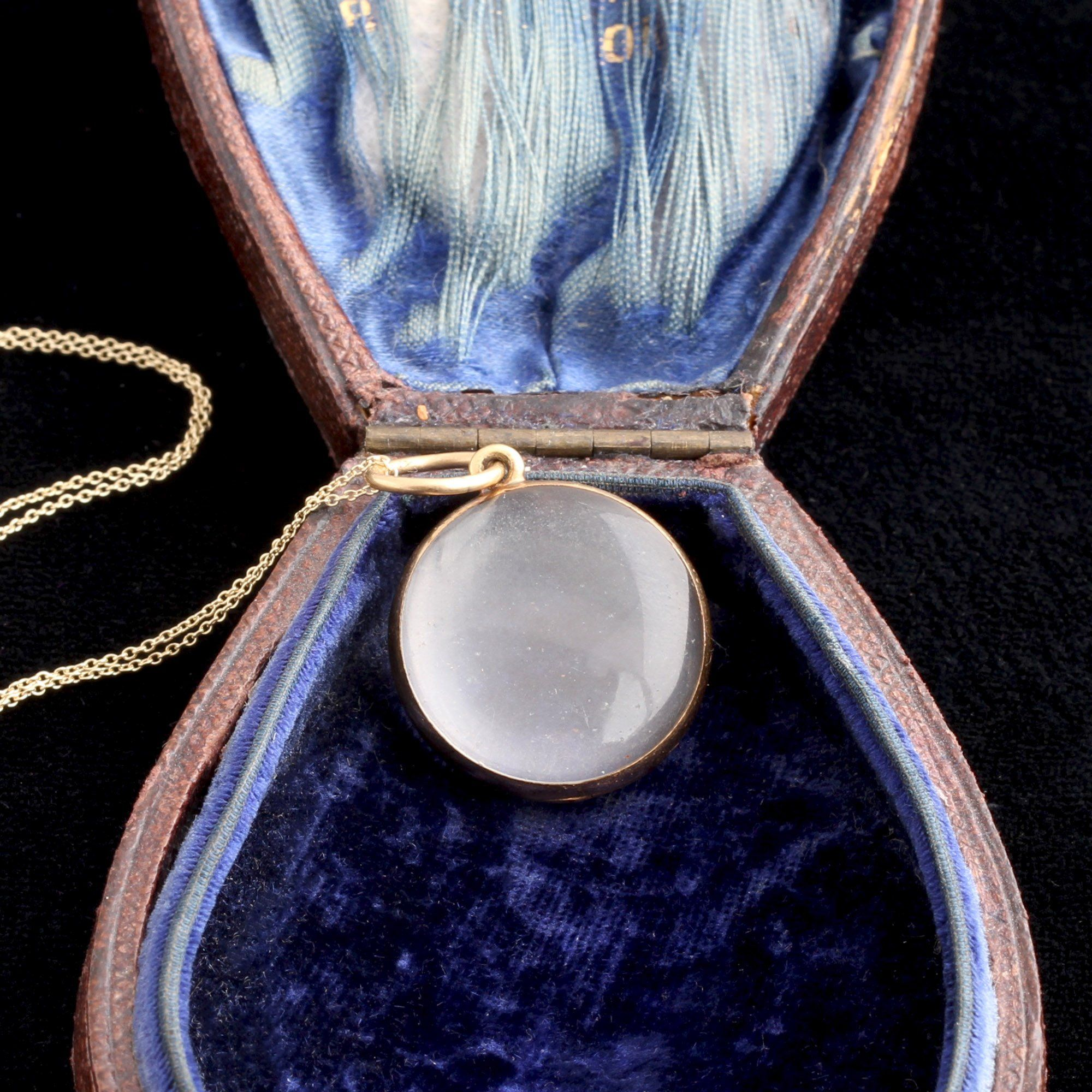 Victorian Gold Photo Locket