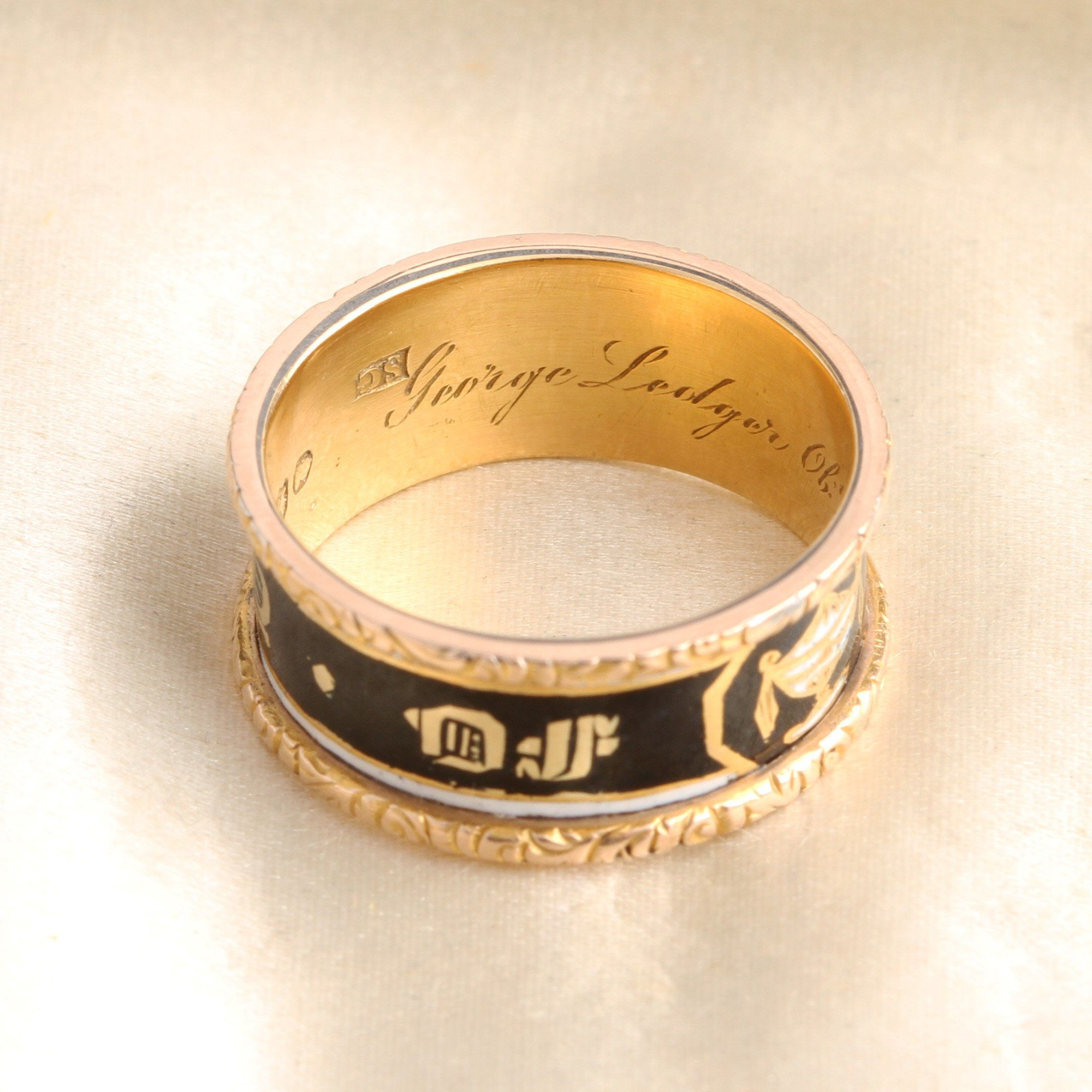 Mid Victorian Enamel Urn Mourning Ring
