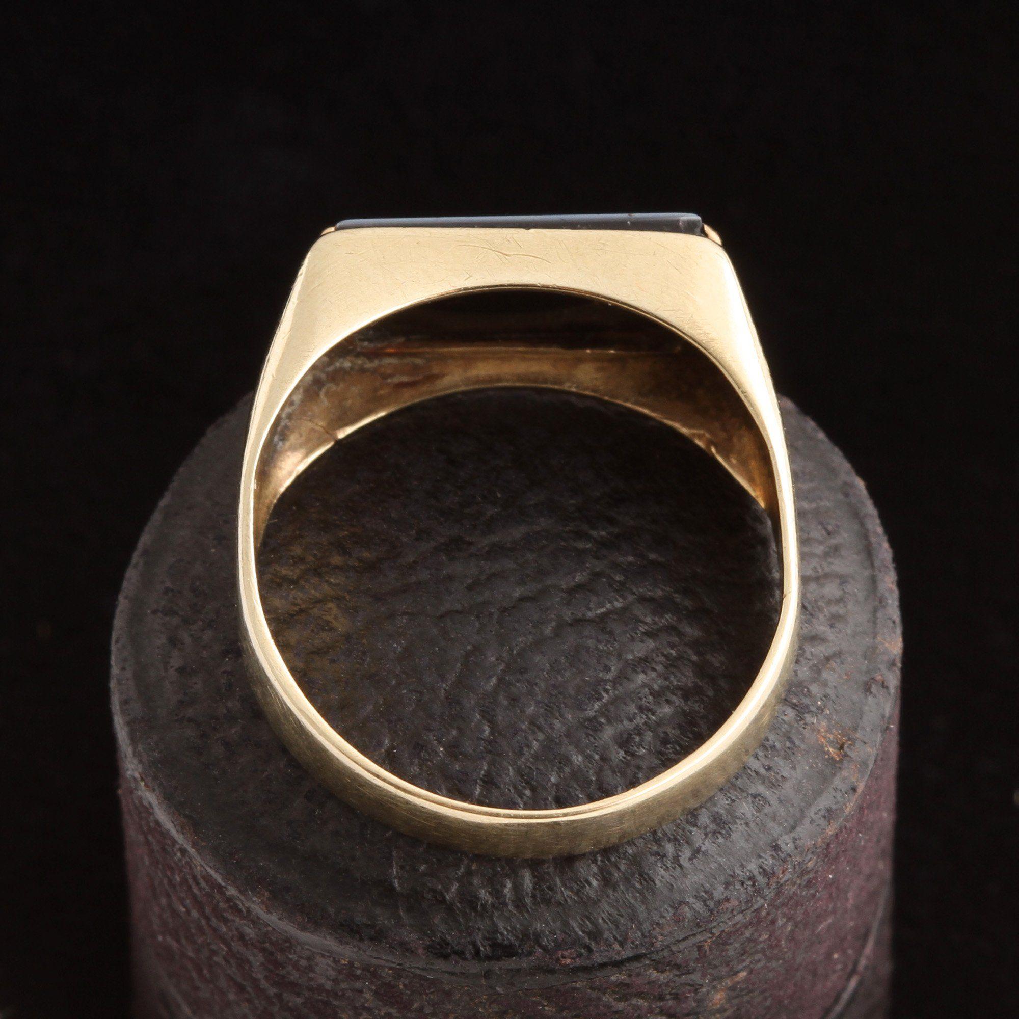 "Vintage ""CB"" Nicolo Intaglio Signet Ring"