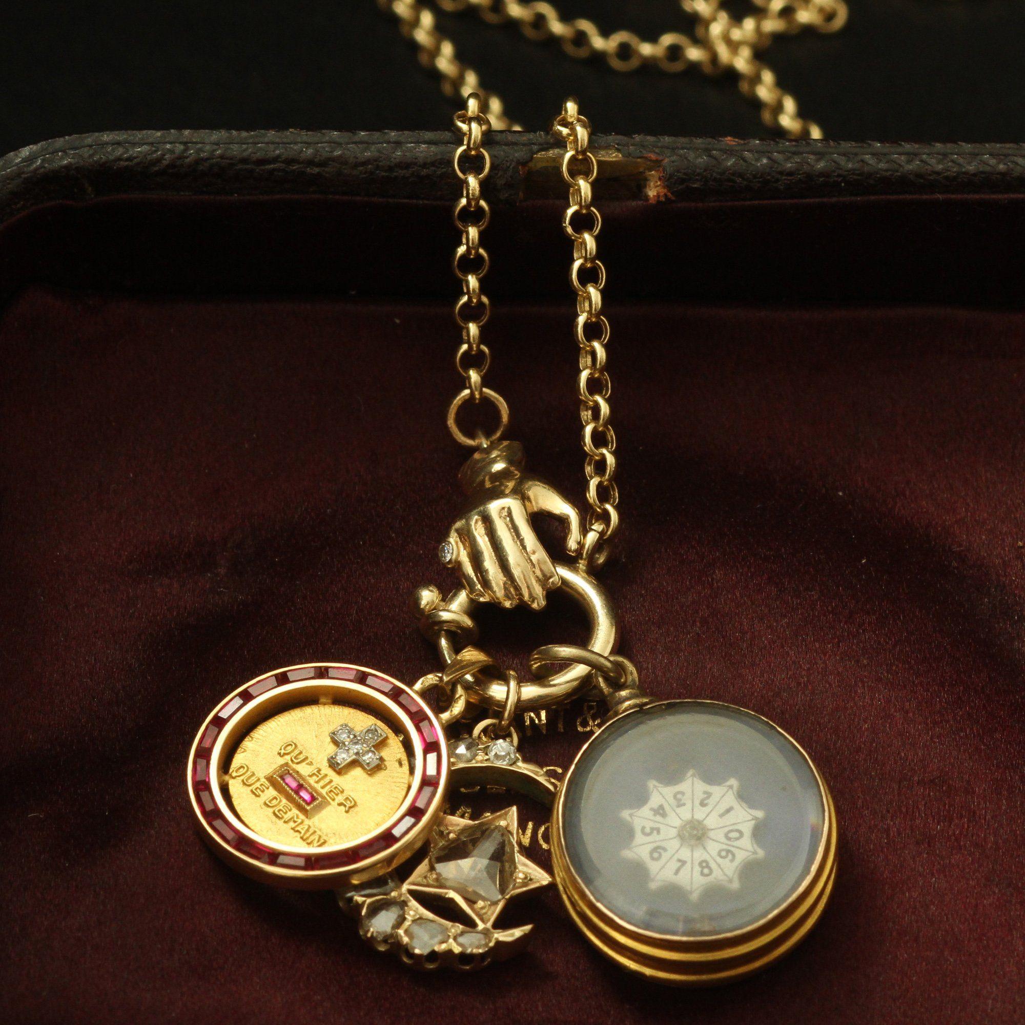 Handclasp Charm Base Necklace