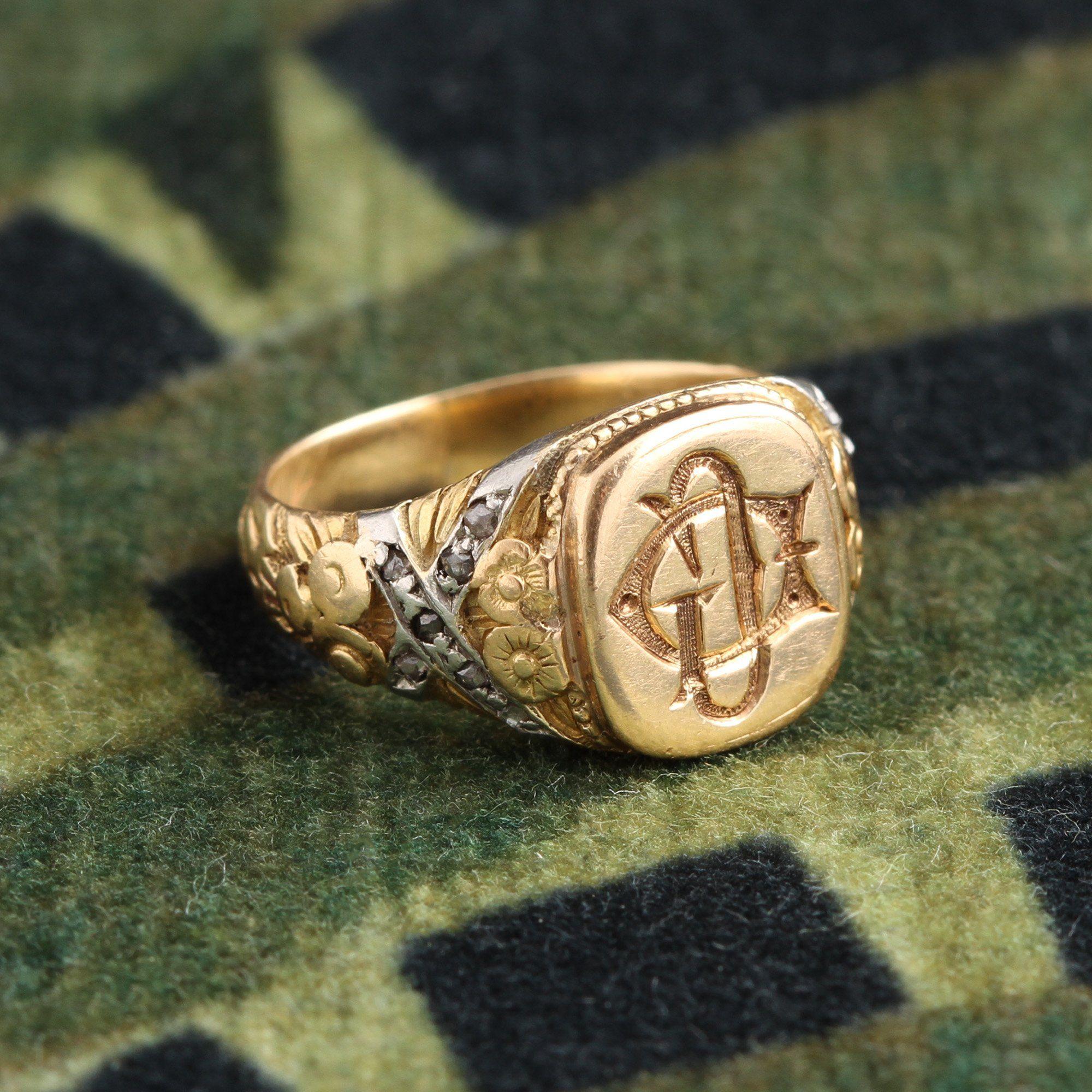 """1920s """"DG"""" Signet Ring"""