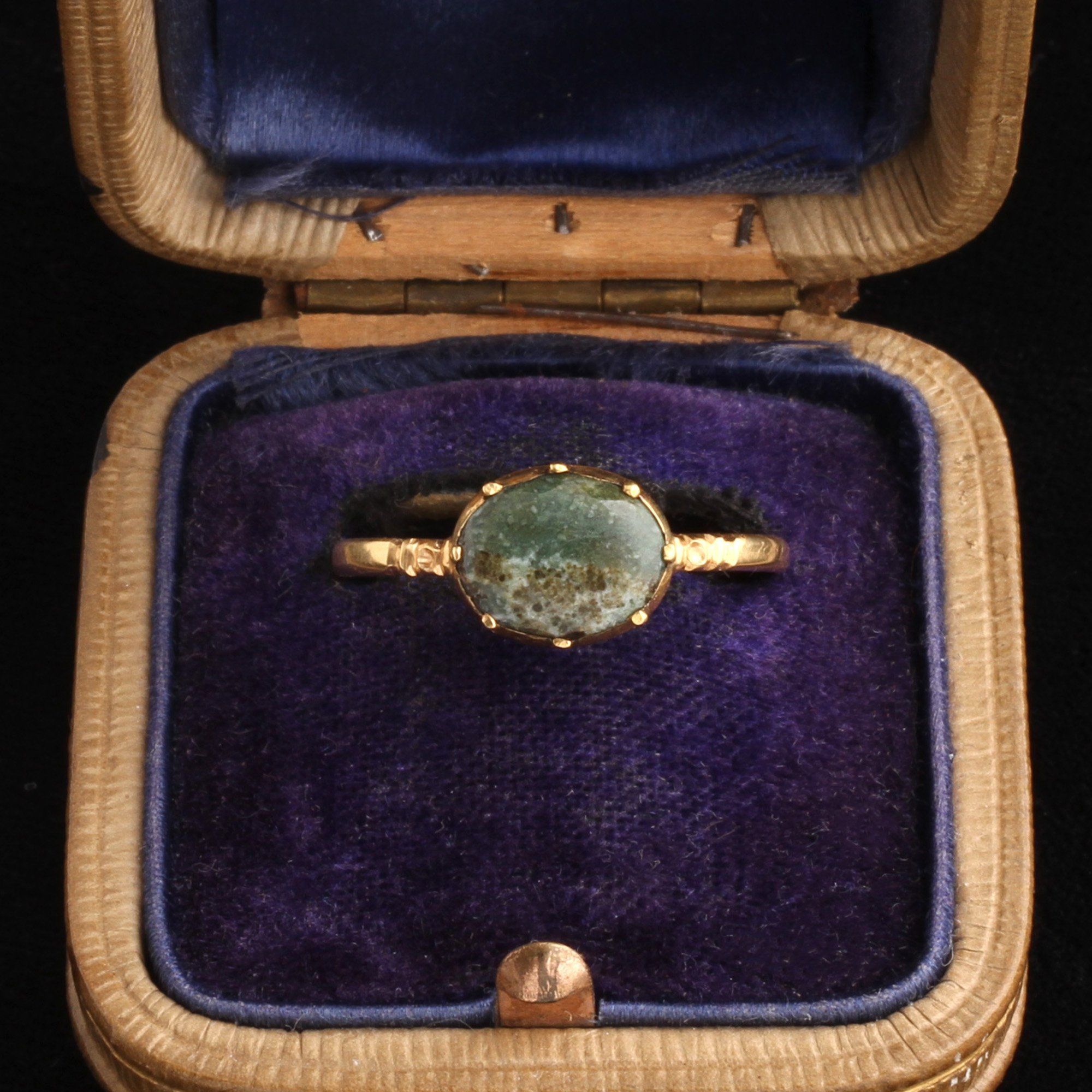 Early Victorian Picture Agate Ring
