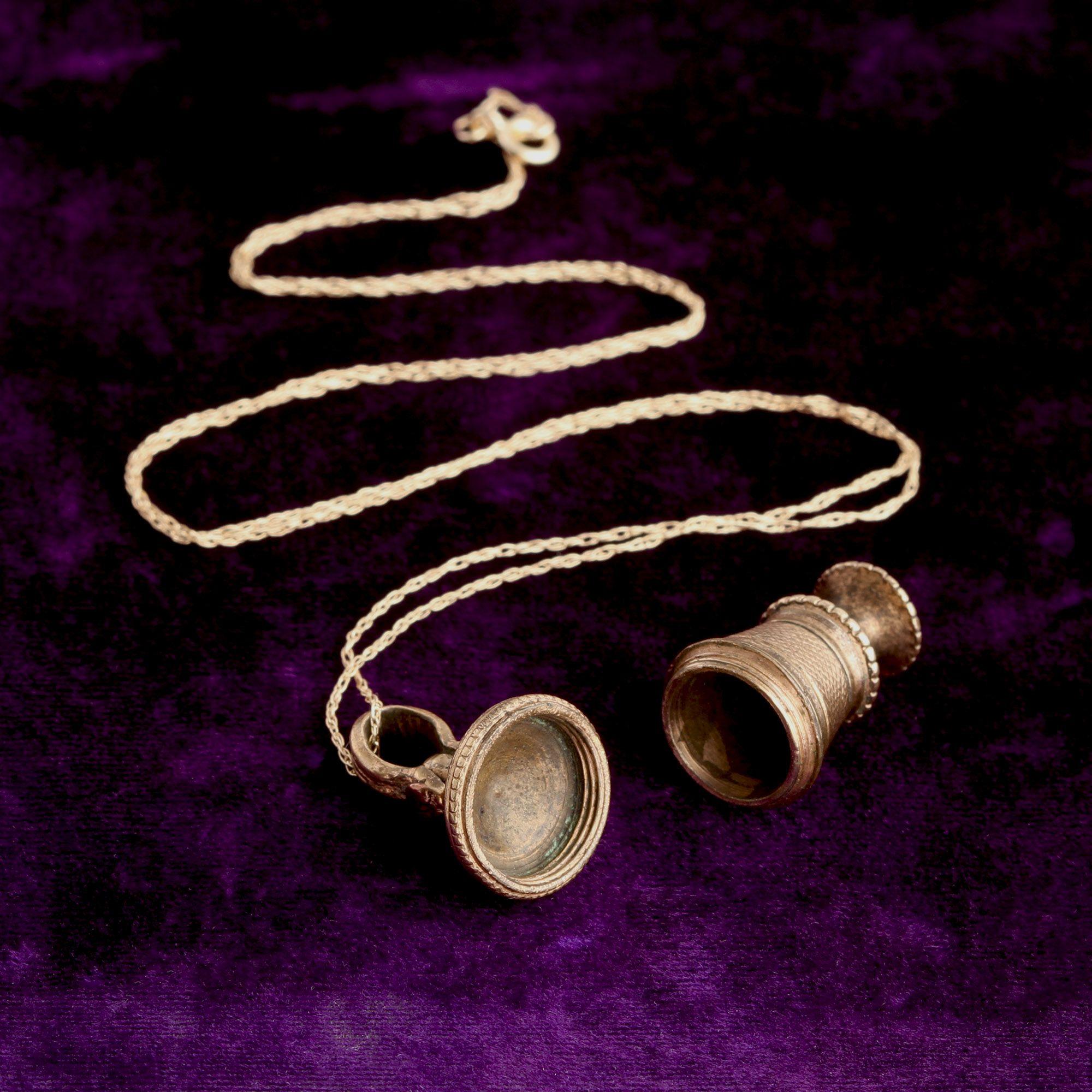 Victorian Metal Urn Necklace