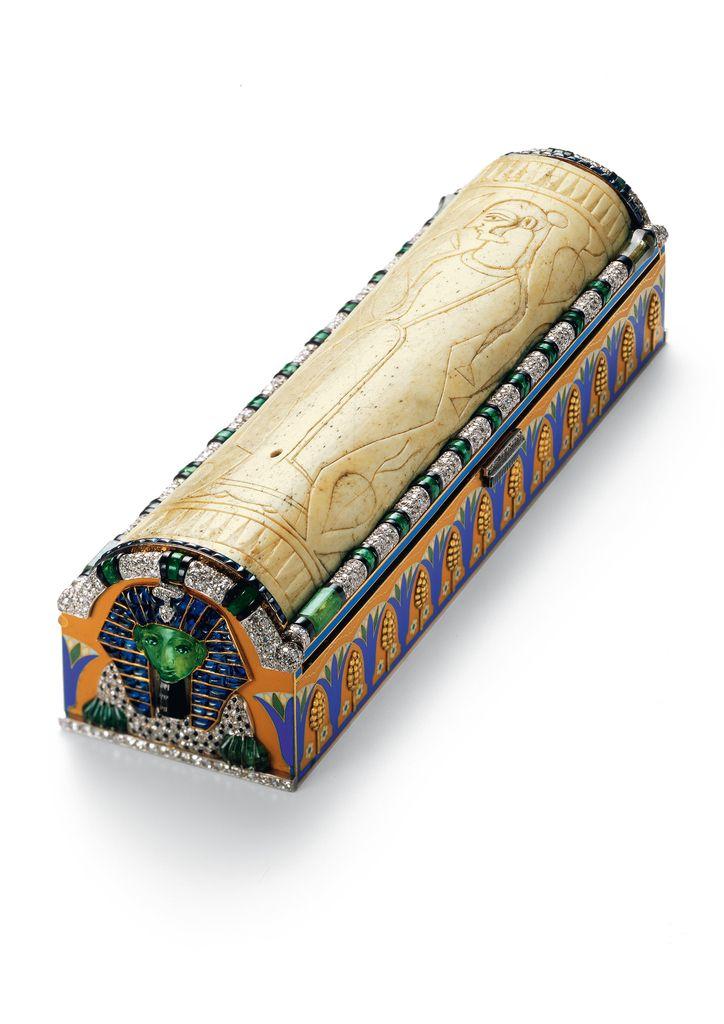 Vanity case, Egyptian sarcophagus, Cartier, 1925, Cooper-Hewitt Museum.