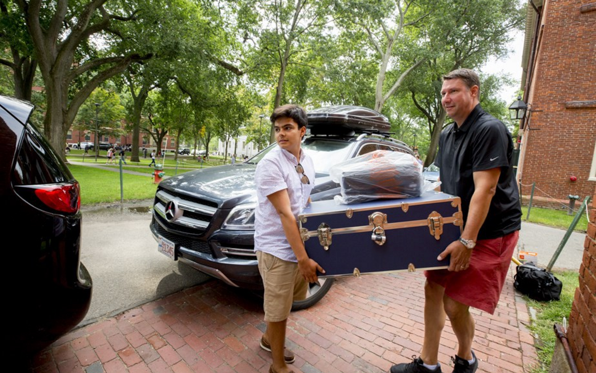 A member of the class of 2021 begins his freshman year (The Harvard Gazette)