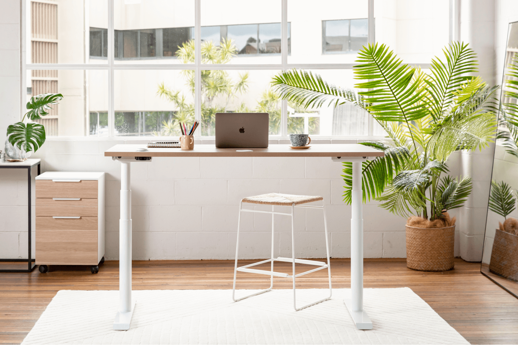 7 Tips to Creating a Holistic Workspace