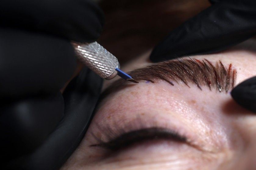 Eyebrows microblading procedure