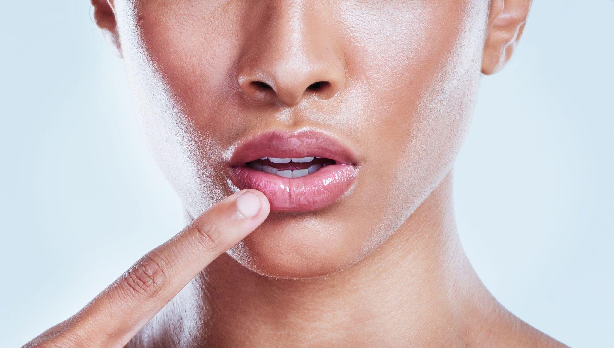 Dark lips color correction