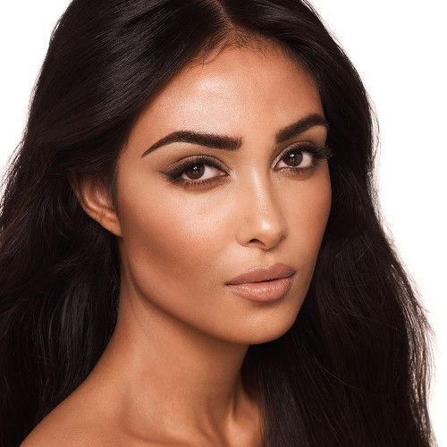 Permanent makeup for dark skin