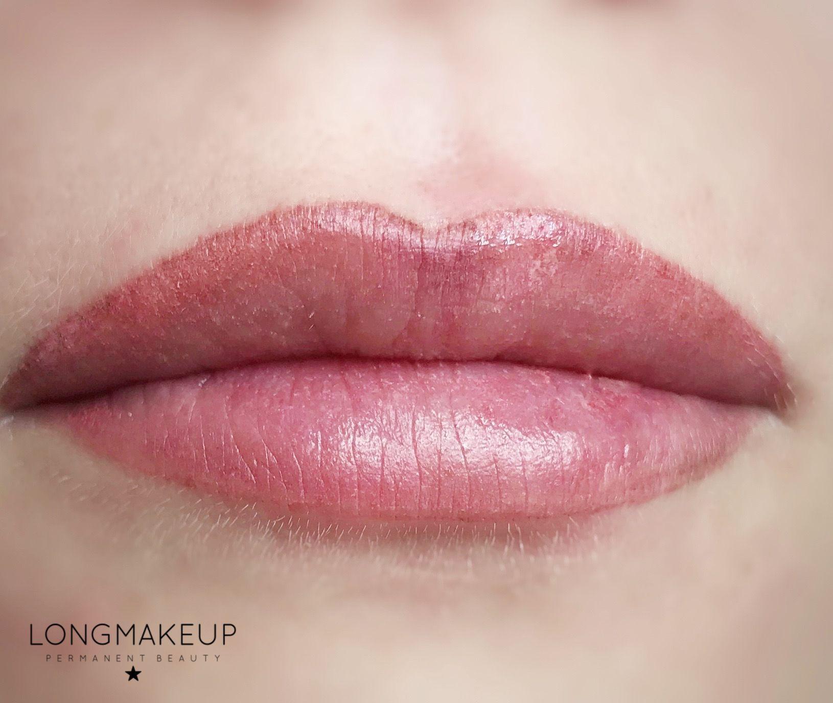 Permanent lip contour nude color