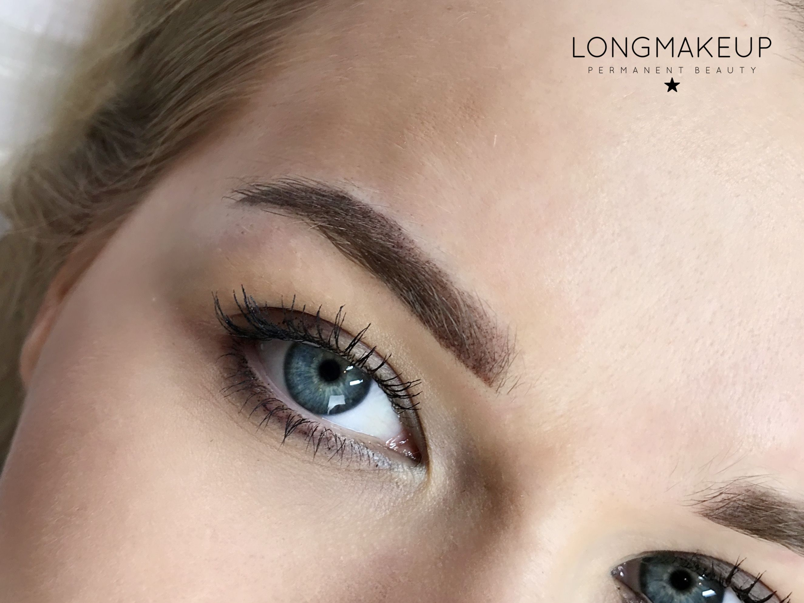 Permanent makeup eyebrow