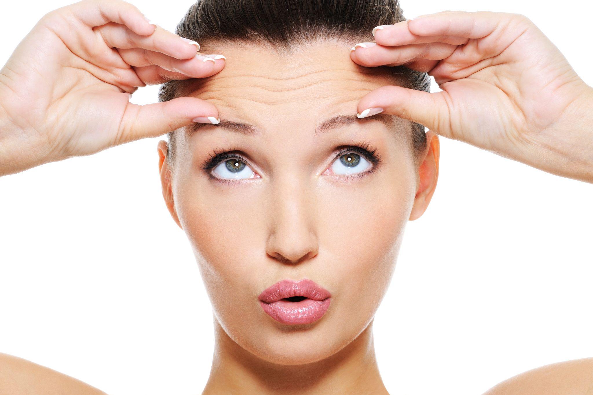 Women before eyebrows tattoo