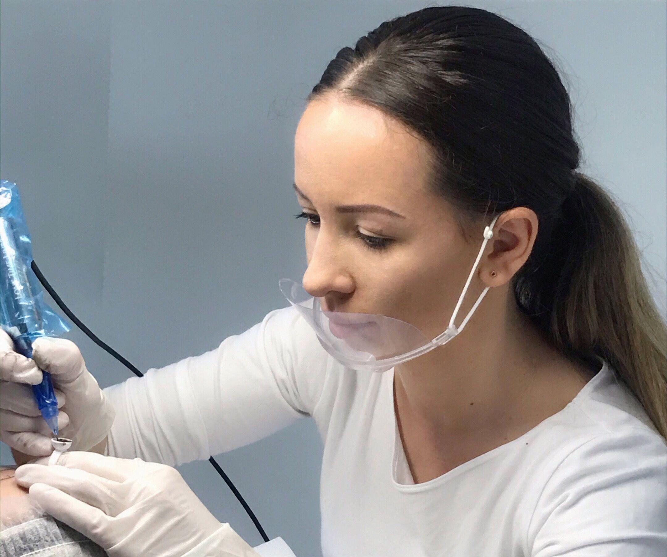 Permanent makeup eyebrows procedure