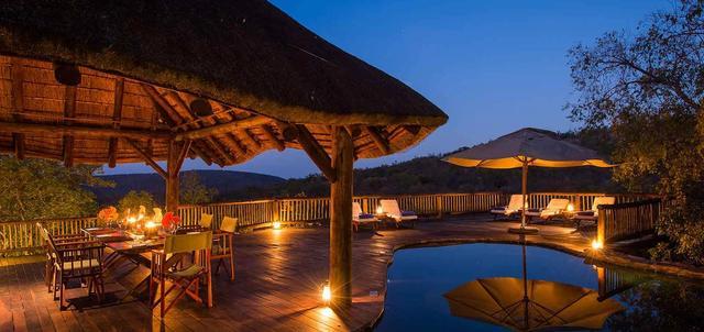 Tshwene Lodge
