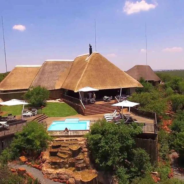 Umzolozolo Lodge