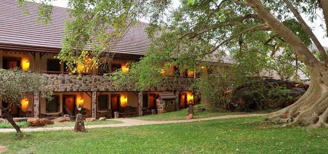 Kilaguni Serena Safari Lodge