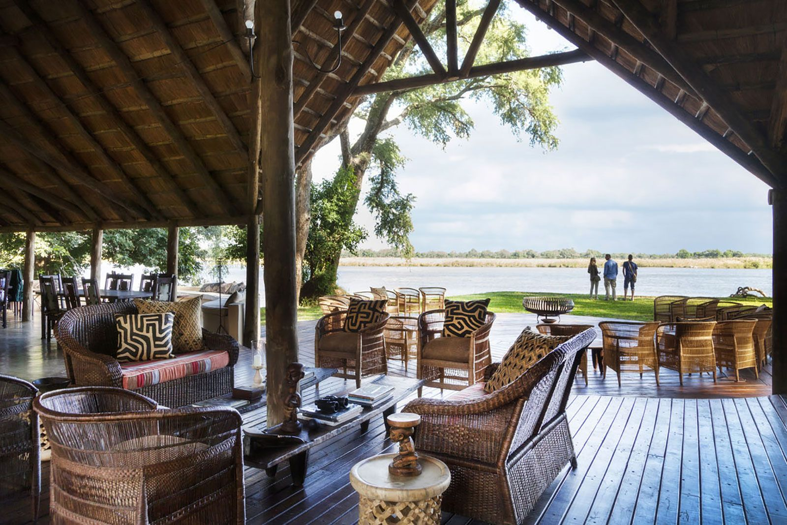 Mwambashi River Lodge