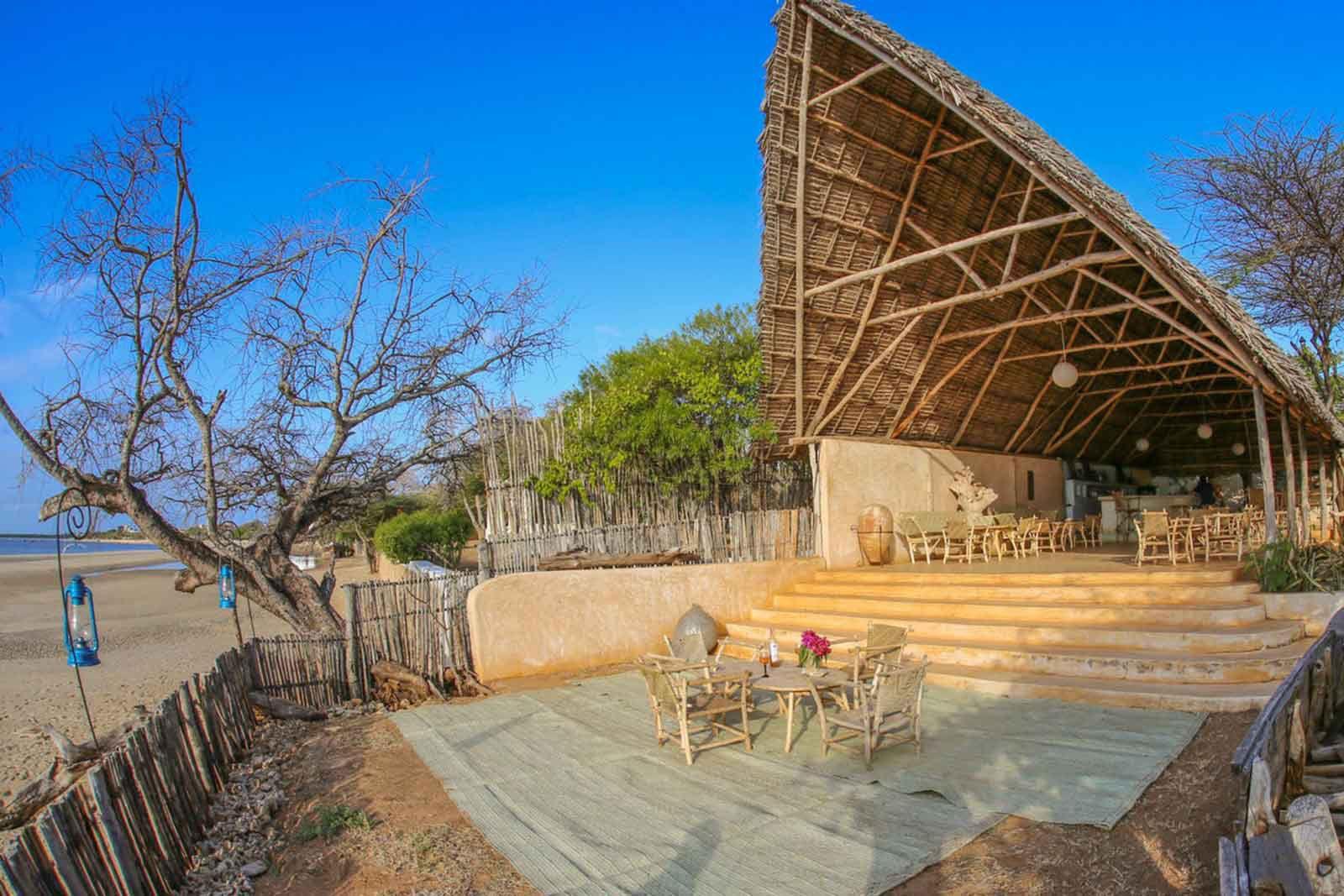 Kizingo Lodge