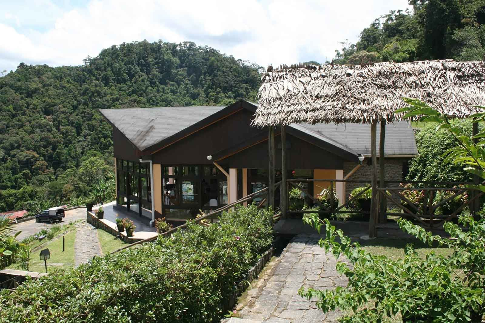 Setam Lodge