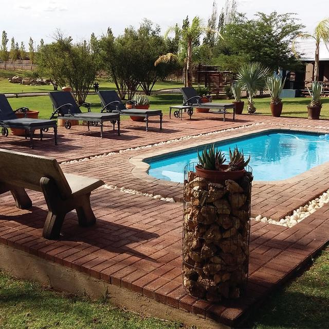 Tshahitsi Lodge