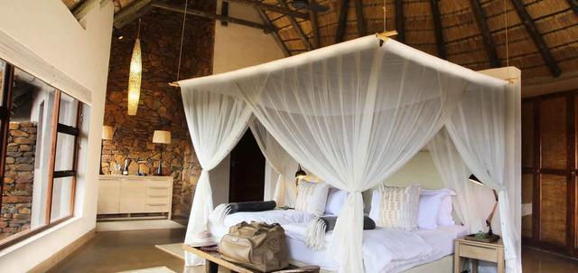 Nambiti Plains Game Lodge