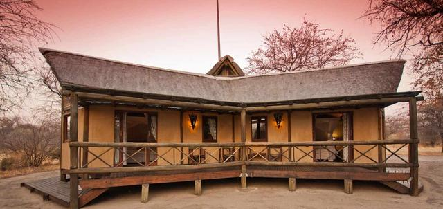 Deception Valley Lodge