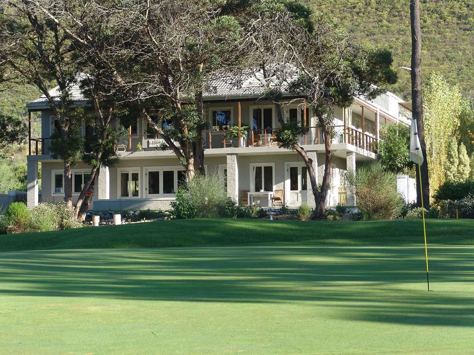 Hermanus Lodge On The Green