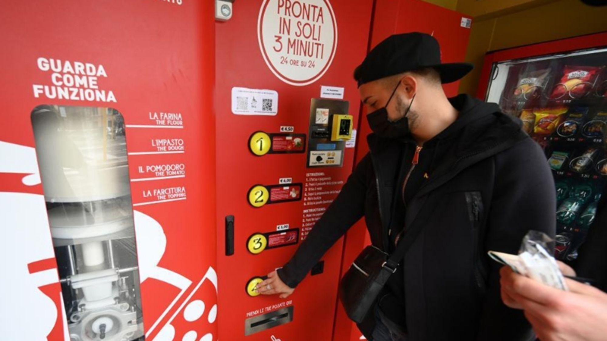 Making the grade? Pizza vending machine in Rome gets mixed reviews