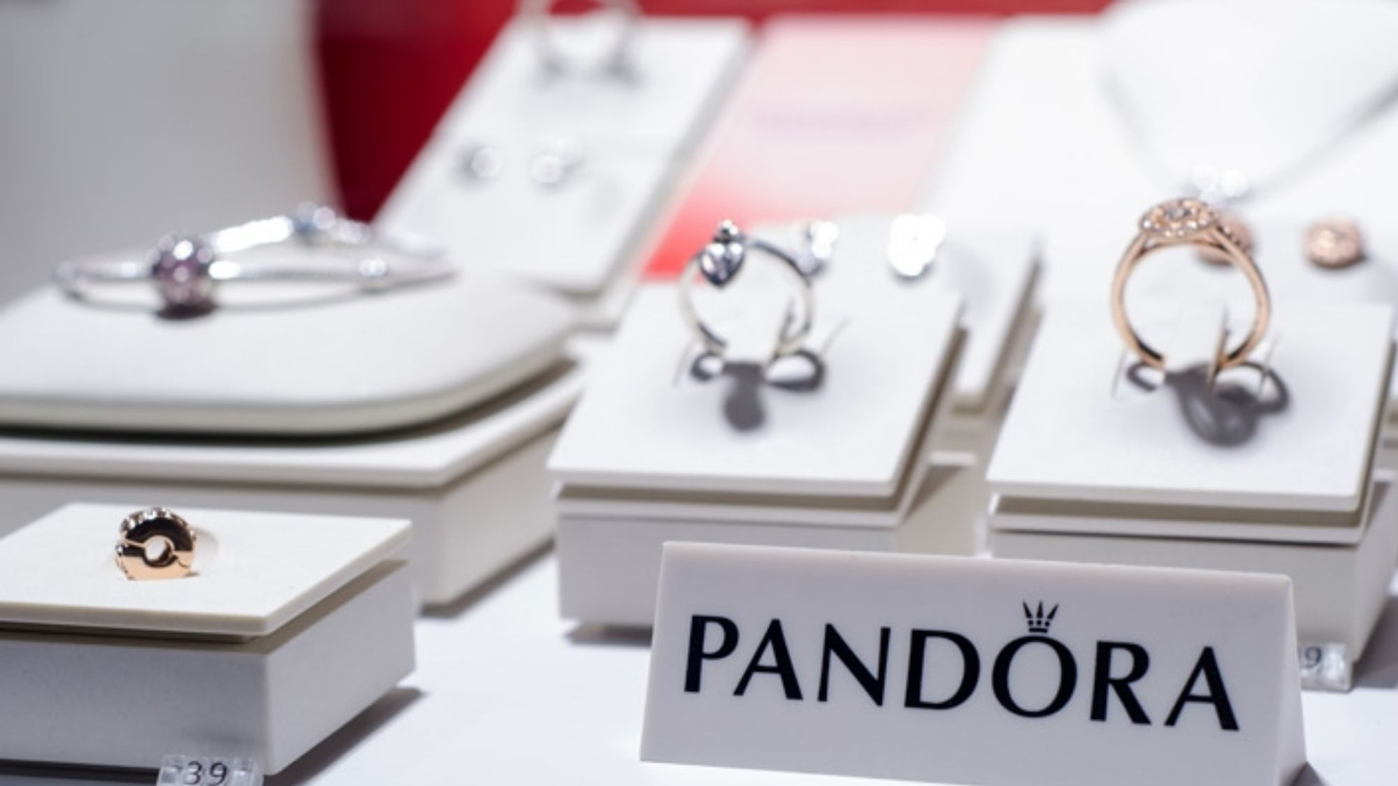 Saving the environment; jewelry brand Pandora to ditch mined diamonds