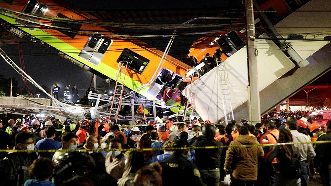 15 dead in Mexico rail crash