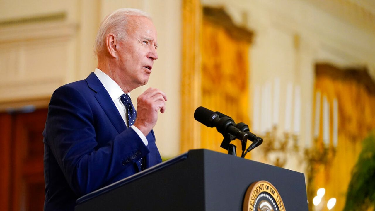 Cold War Part Two Biden accuses Russia of 'trying to disrupt' 2022 elections photo from WSWS