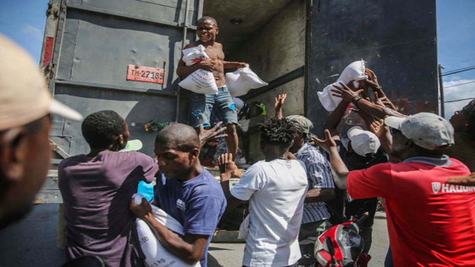 Haiti's troubled history may slow aid to earthquake victims photo from Yahoo News