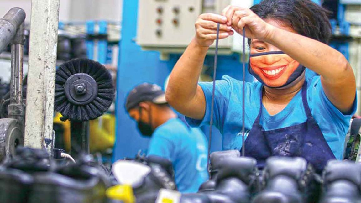 Manufacturing sector rebound PSA says output expands by 534.6% in August photo from Business Mirror