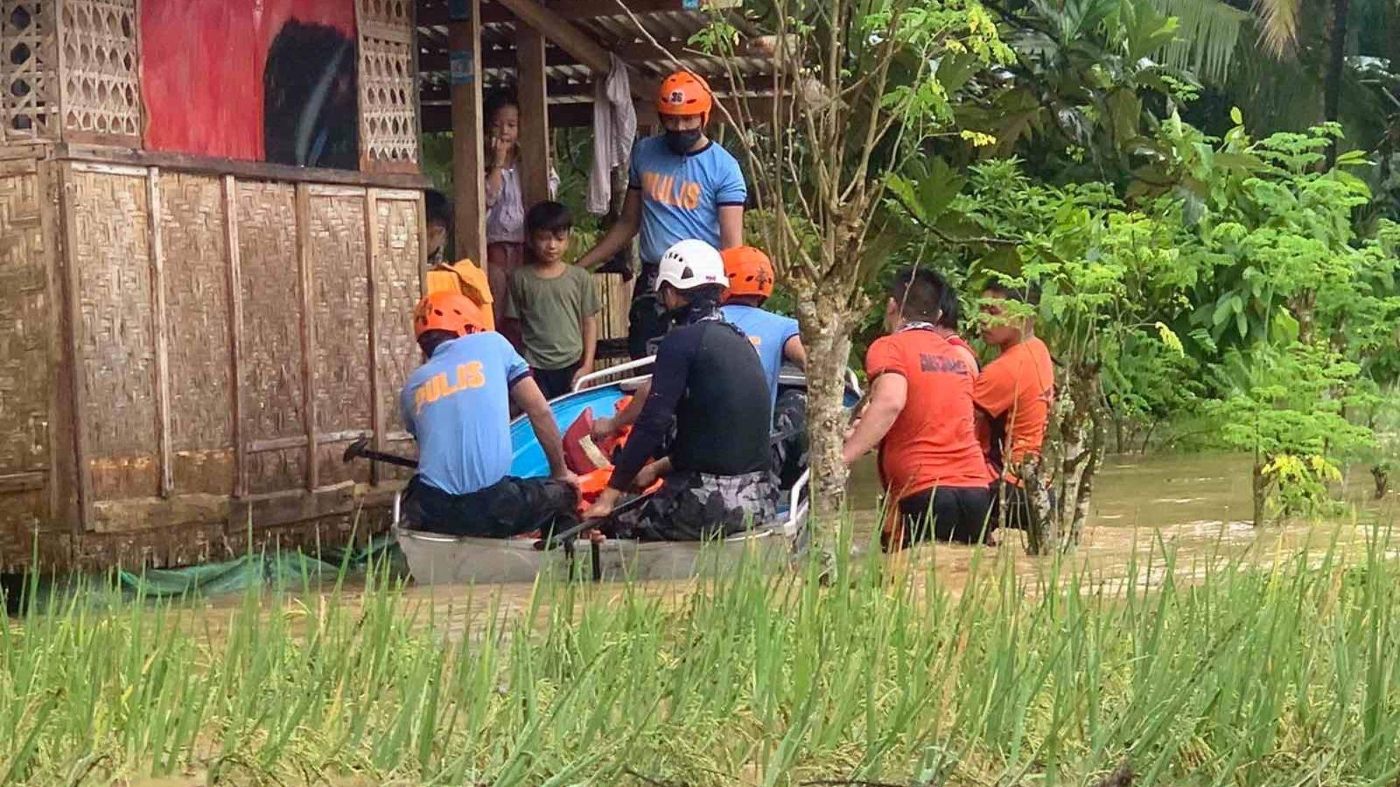 Jolina's fury! 14 fishermen missing; thousands evacuated photo from Philippine Coast Guard
