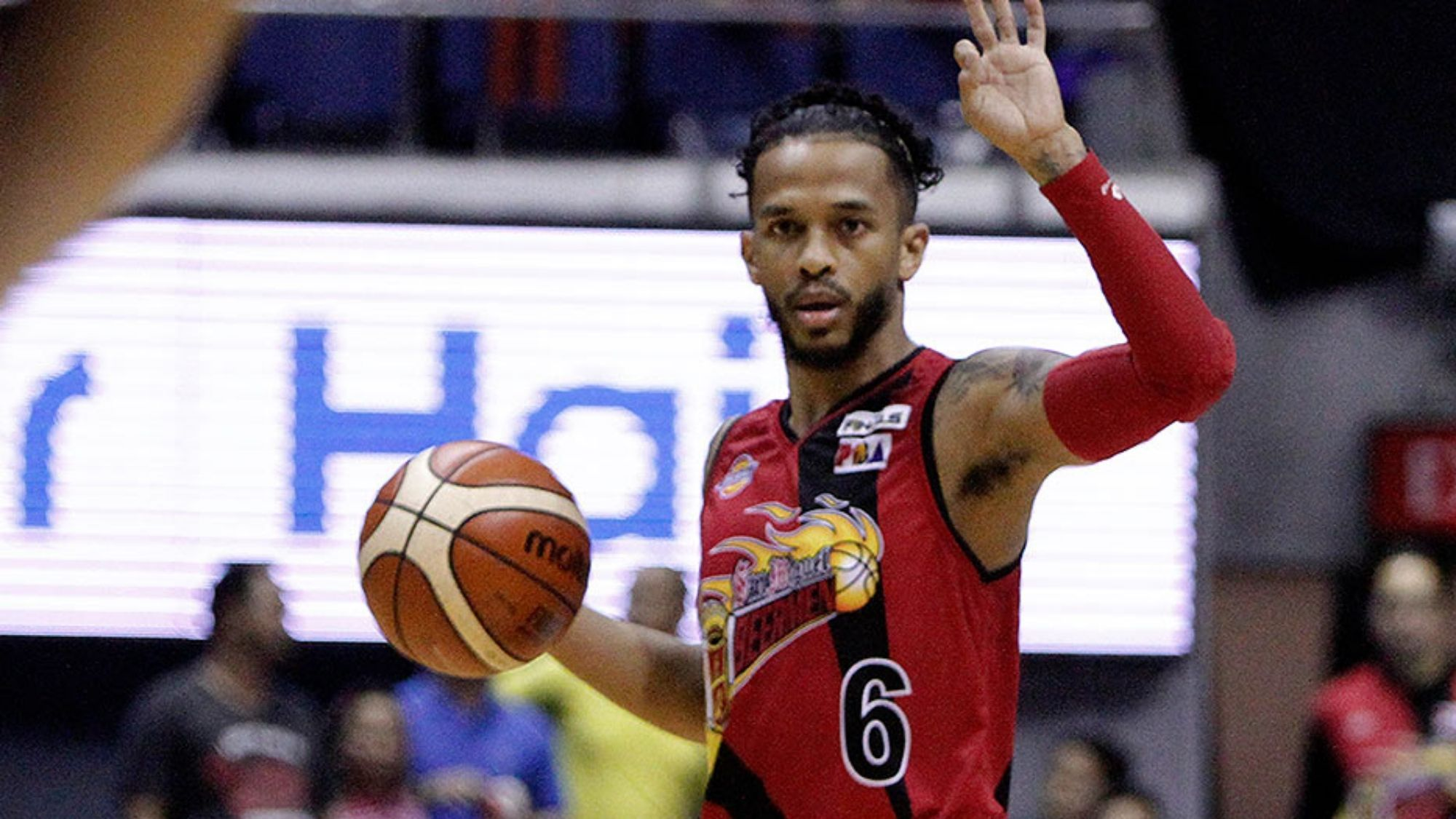Inspiration for many, SMB's Chris Ross finally gets college degree after 13 years