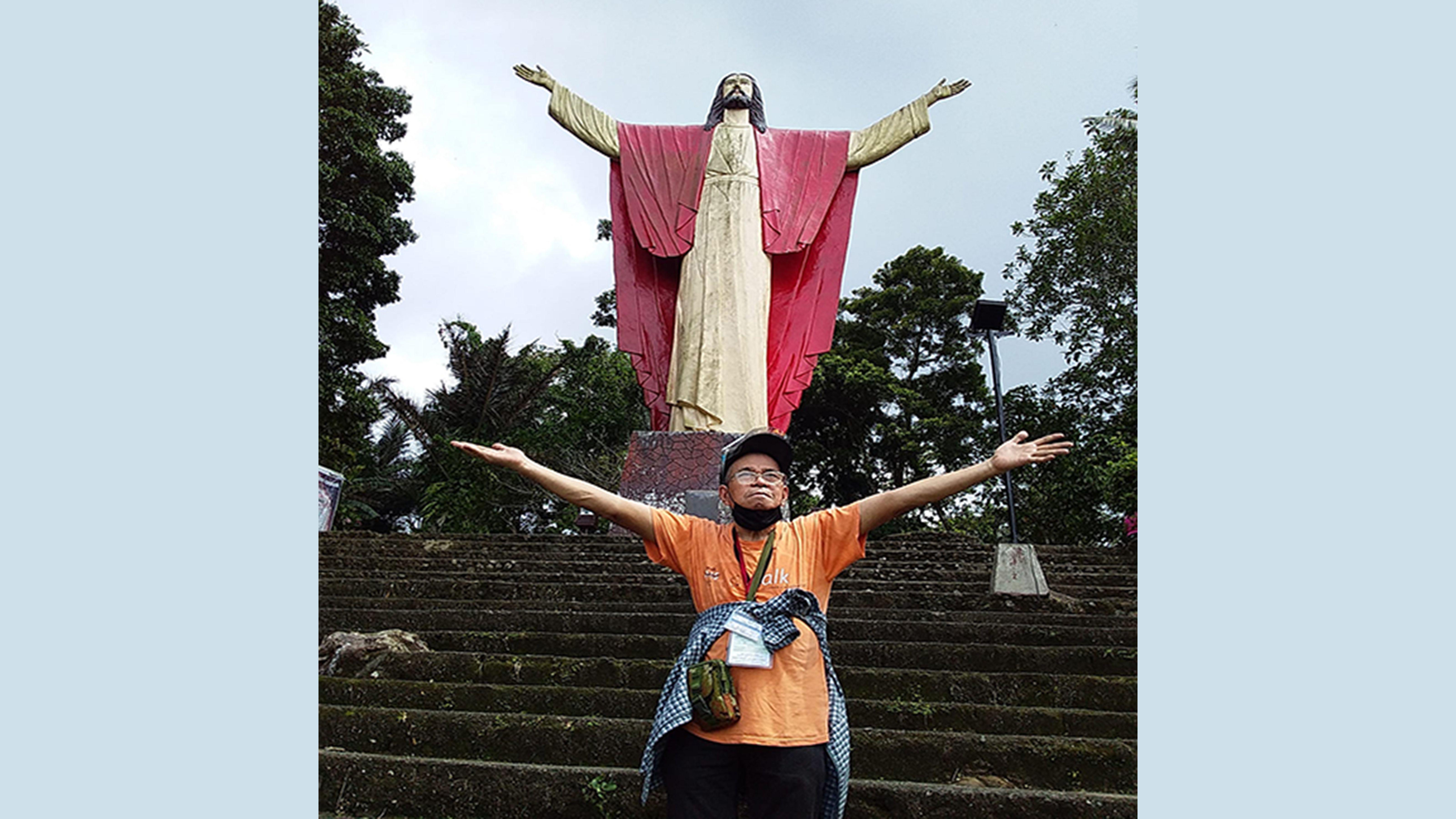 Filmmakers' pilgrimage in Lucban's Kamay ni Hesus_ prays for nation