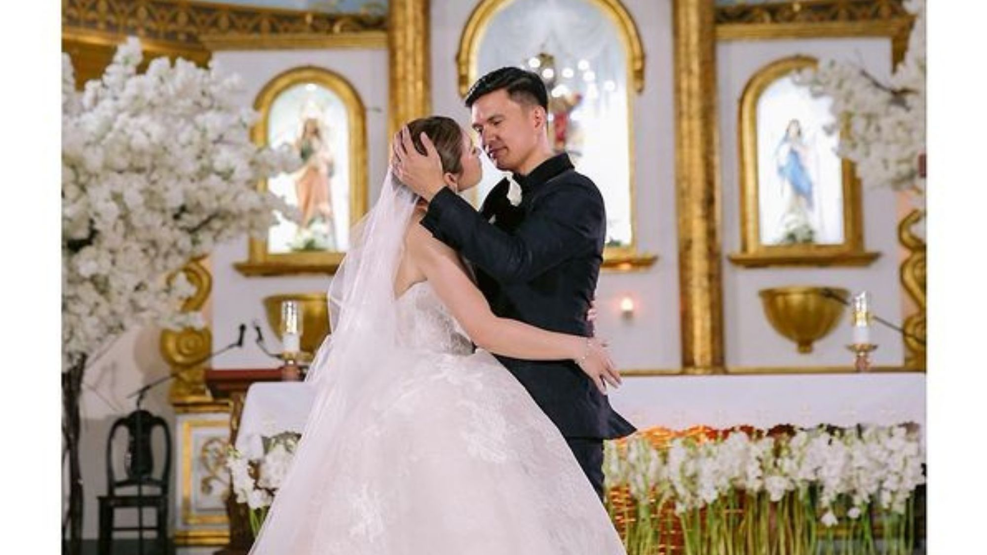 Finally! Carla Abellana reunited with dad on her wedding day photo