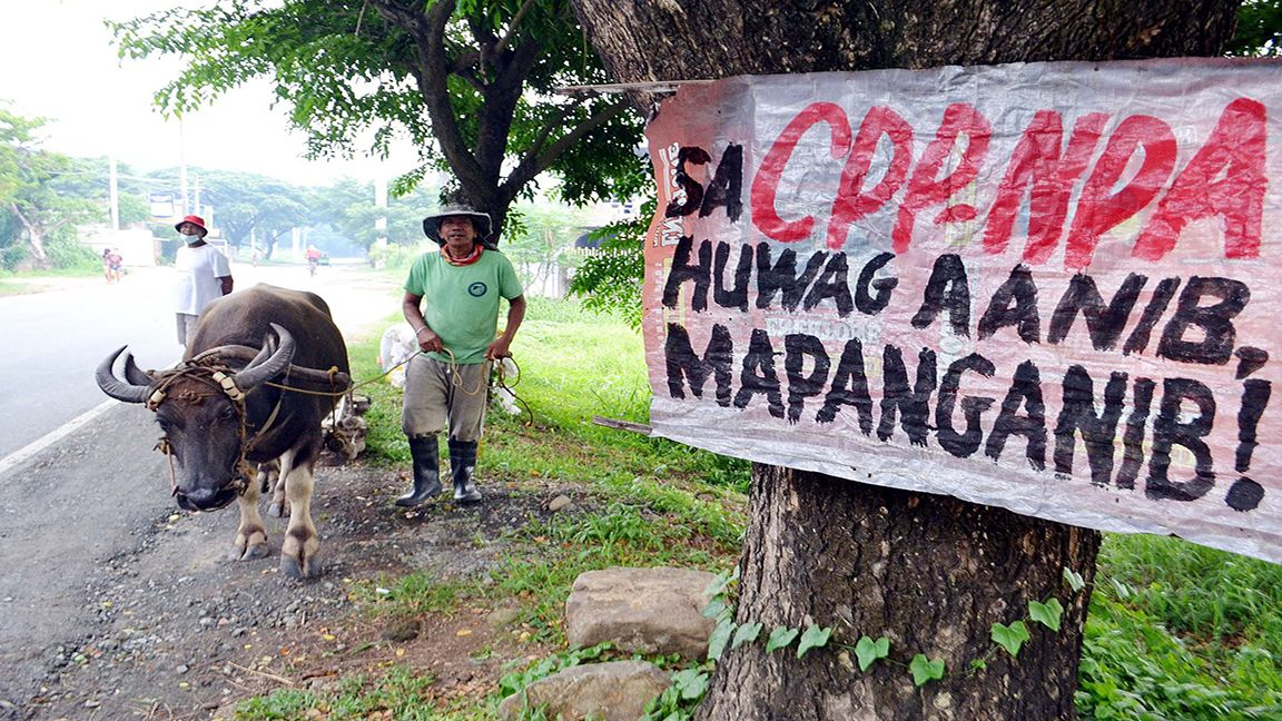 FARMERS DISCOURAGED FROM JOINING THE NPA photo by Mike Taboy