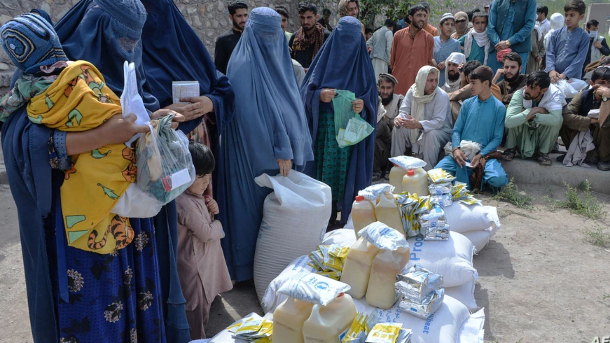 Who's afraid of Taliban UN starts extracting staff from Afghanistan photo from Voice of America