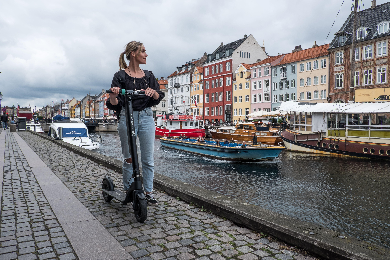 Augment ES 210 e-scooter in Copenhangen