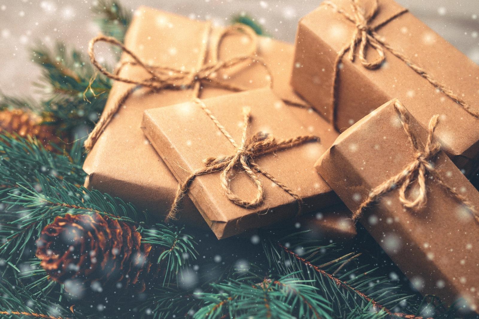 Tuntuuko joululahjan keksiminen salatieteeltä? Sitä se välillä onkin, joten kokosimme vinkit!