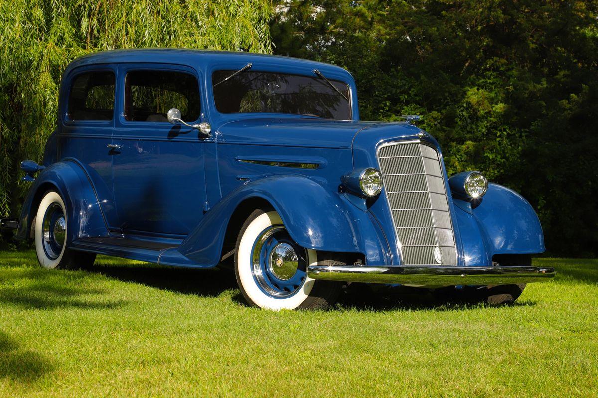 1934 Oldsmobile