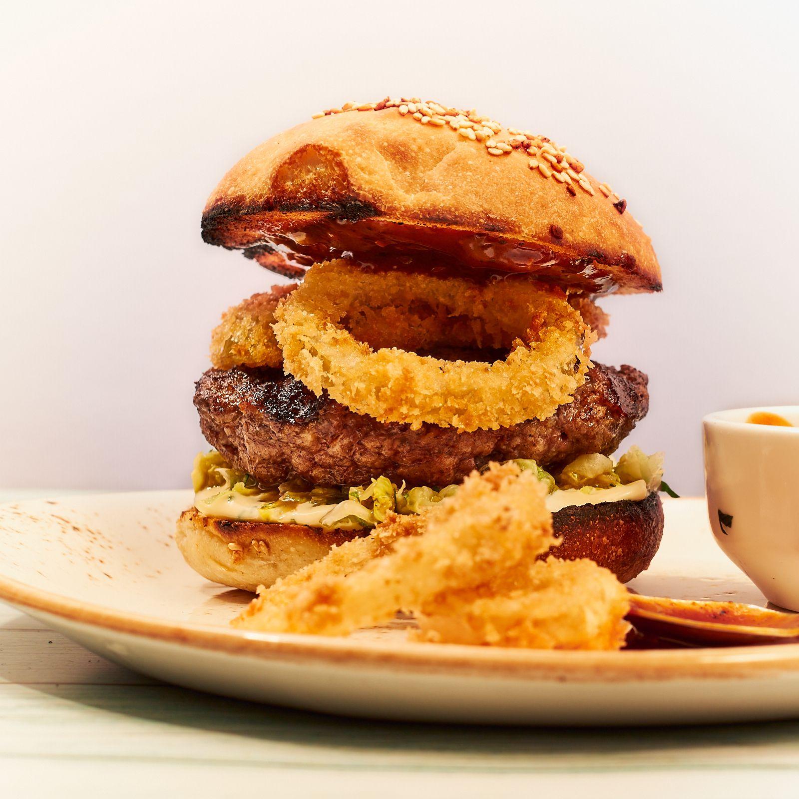 Hamburger med løkringer