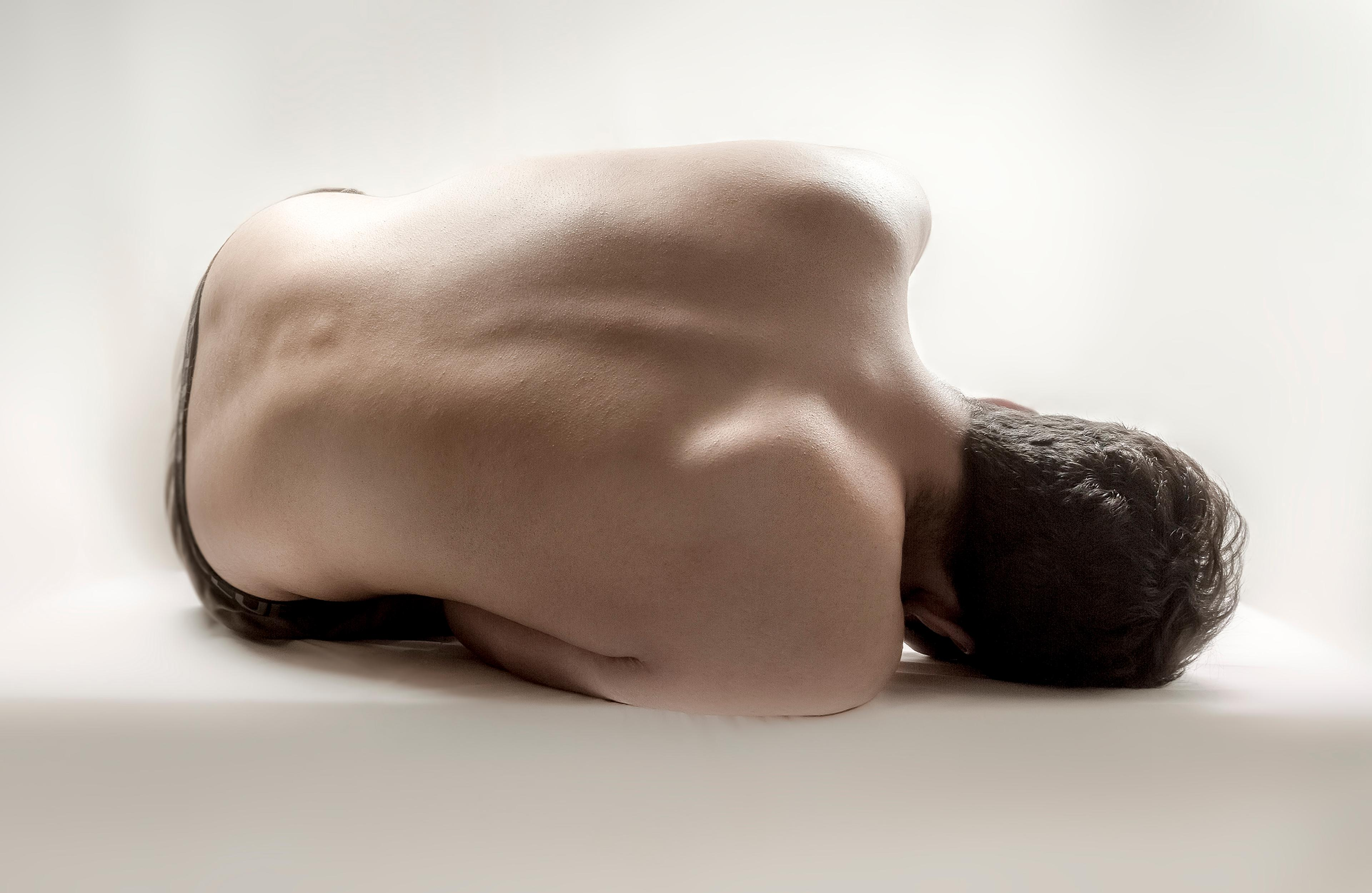 artwork Inhale by Farzin Foroutan