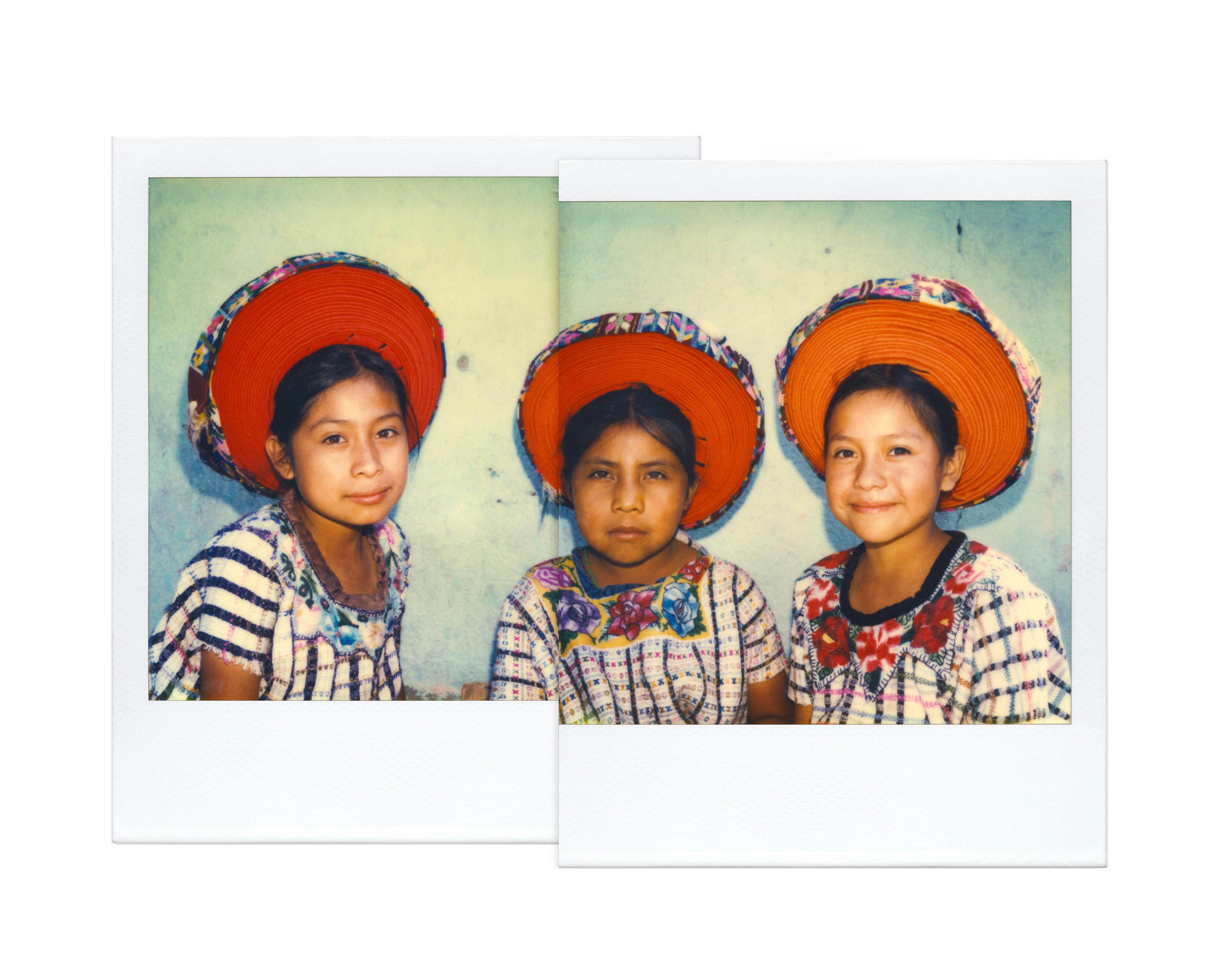 artwork Three young lasses, Santiago Aitlàn, Guatemala, 1980 by Ivo von Renner