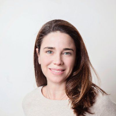 Debora Oppenheimer's portrait image