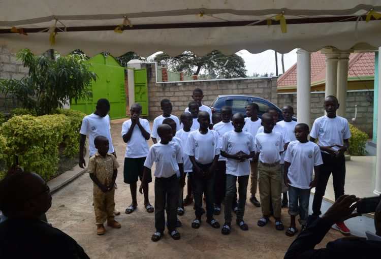 Group of kids posing for a photo at the Learning Center in Rwanda