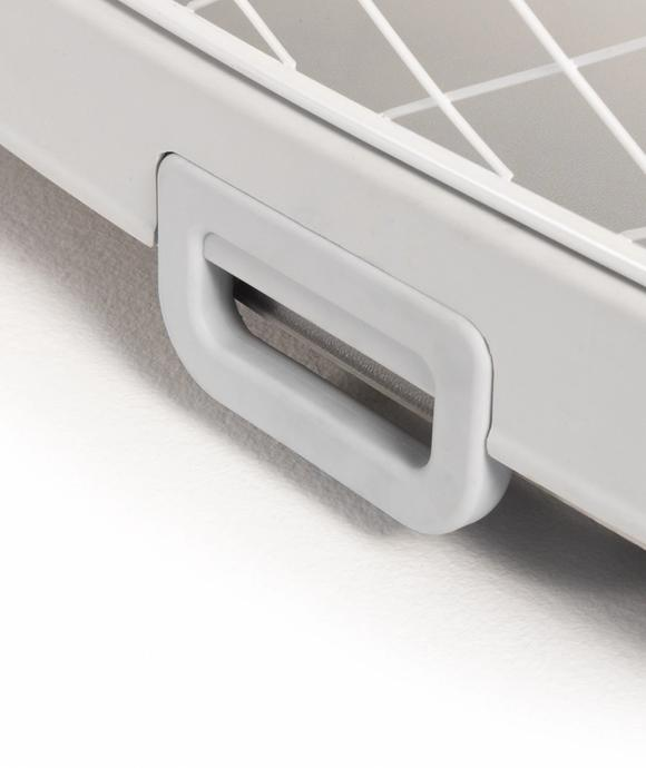 New all-in-one tray lock handle